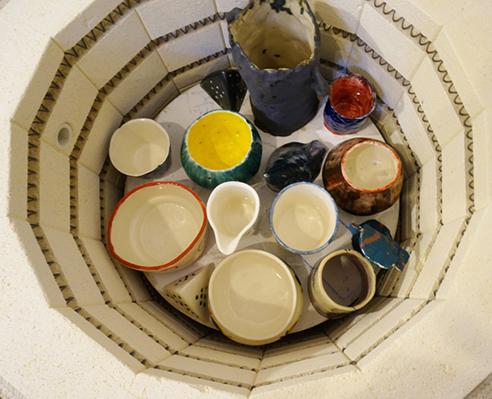 Curs de ceramică/ design de obiect cu Mădălina Teler, din 14 mai
