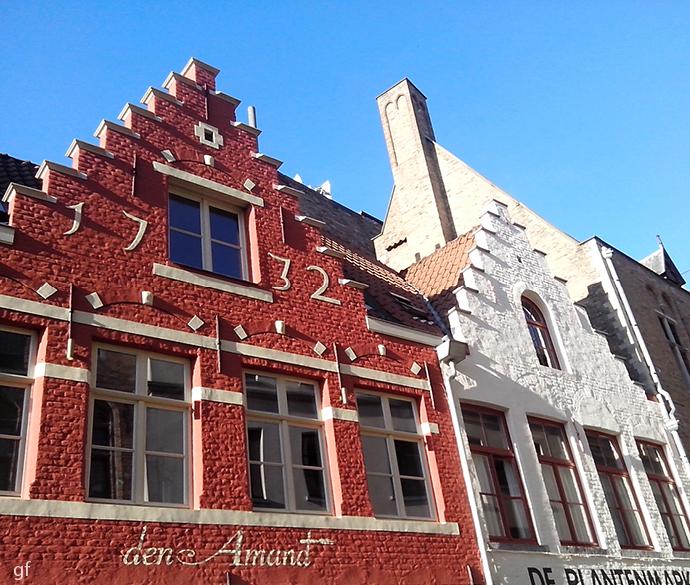 Bruges, orașul vechi -  textură de la un capăt la altul.