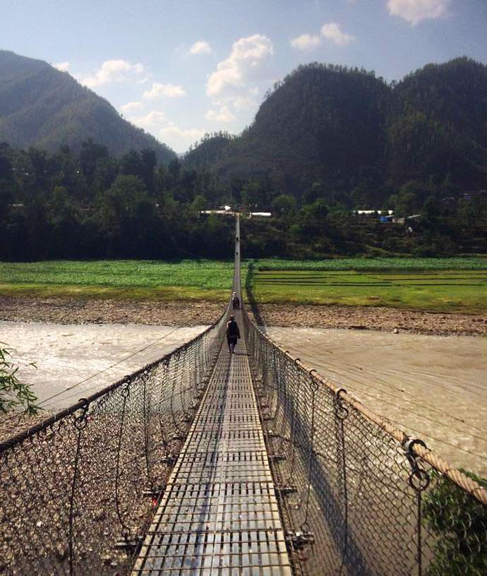 Nepalul e praf.  și are nevoie de ajutor. Jurnal Anca + Mihai. Dandagaon II