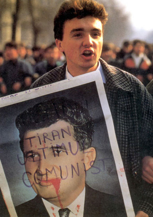 Decembrie 1989. O revoluție fără portocale.