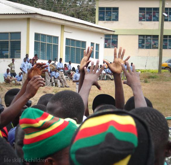 Fotbal până la moarte. (Ghana. Episodul VI)