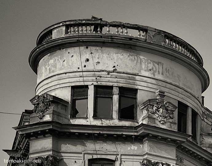 Bucharest today - Expoziție de fotografie semnată Tomoaki Minoda. încă o săptămână, la Galeria IX, bulevardul Aviatorilor nr. 9