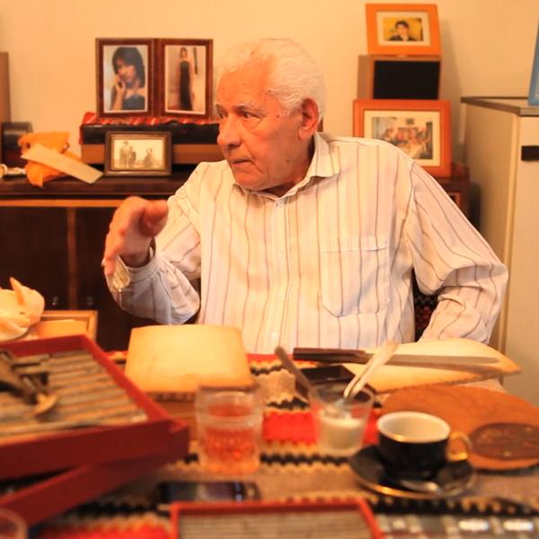 Constantin Dumitru, 89 de ani - legător, poleitor (video)